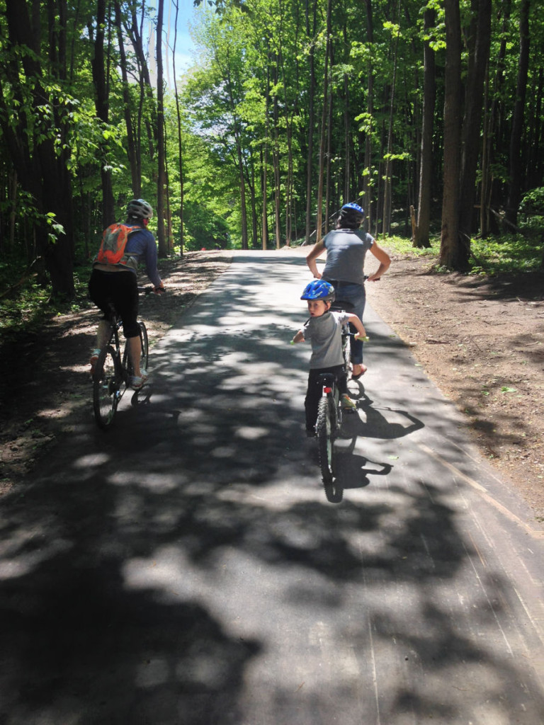 The family-friendly Sleeping Bear Heritage Trail